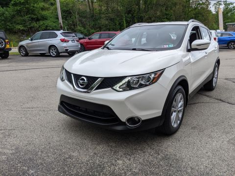 Pre-Owned 2017 Nissan Rogue Sport SV AWD Sport Utility